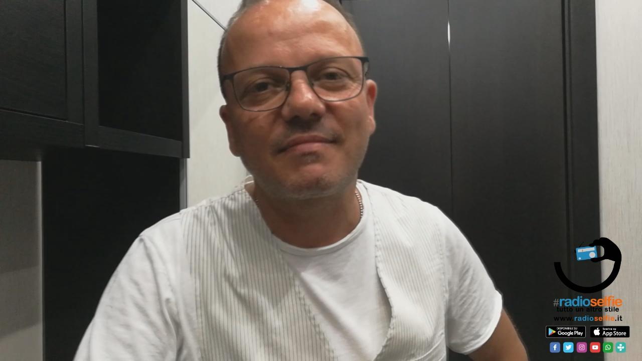[INTERVISTA] Gigi D'Alessio incanta Napoli sul lungomare Caricciolo