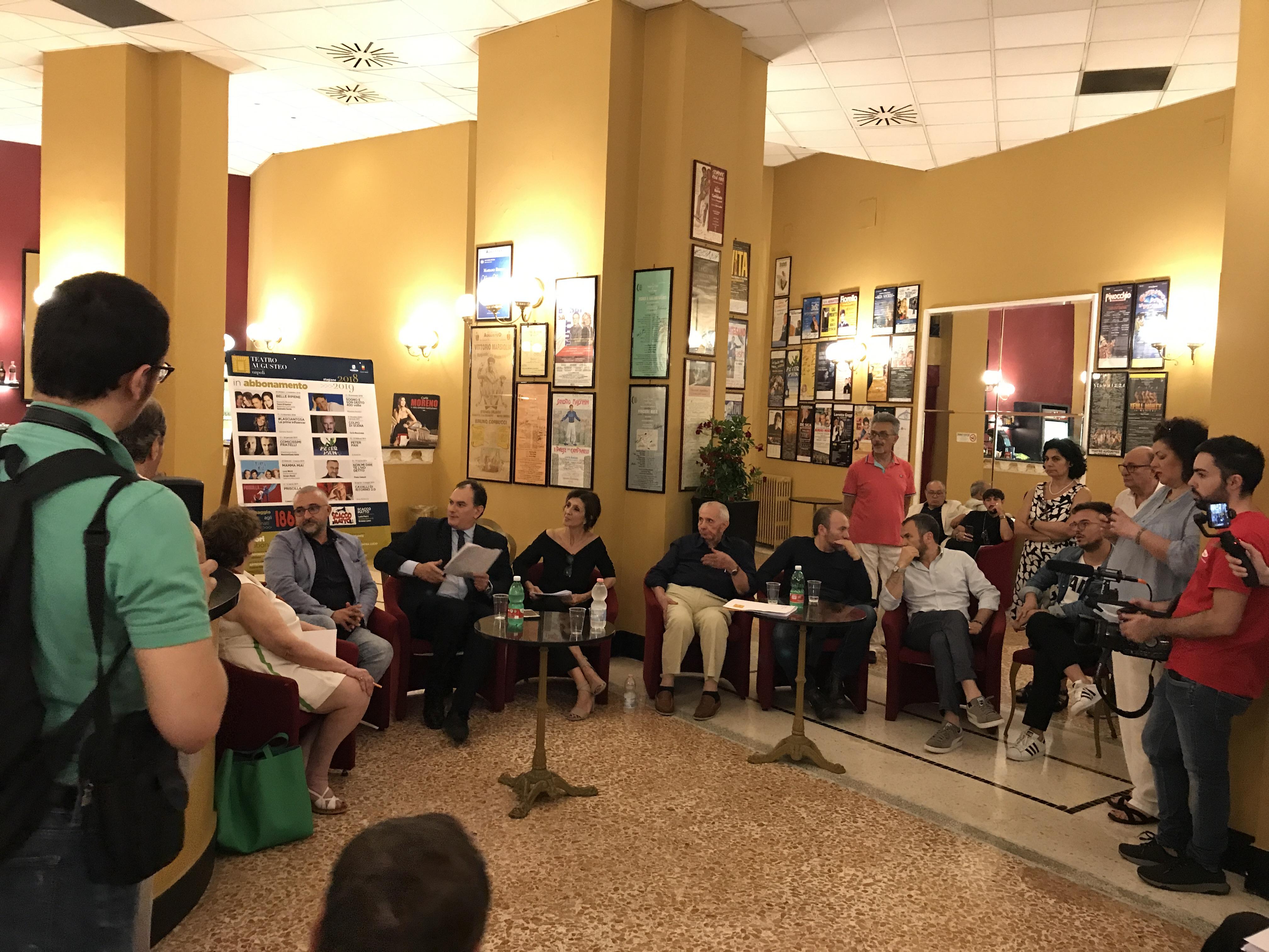 Napoli – TEATRO AUGUSTEO | 13 spettacoli per gli abbonati alla stagione teatrale 2018/2019