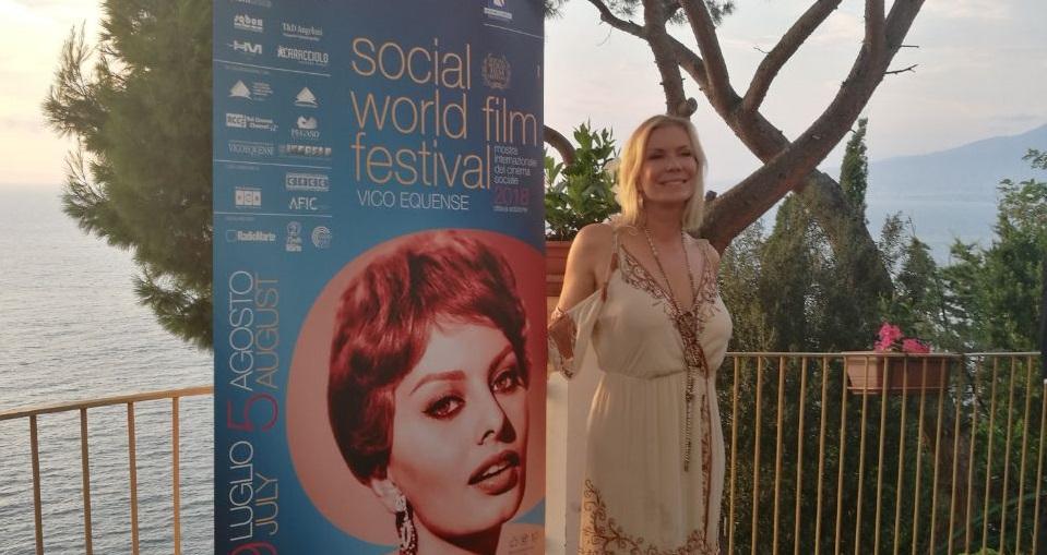Parte il Social World Film Festival con Katerine Kelly Lang, Stefania Sandrelli, Michele Placido e tanti altri.