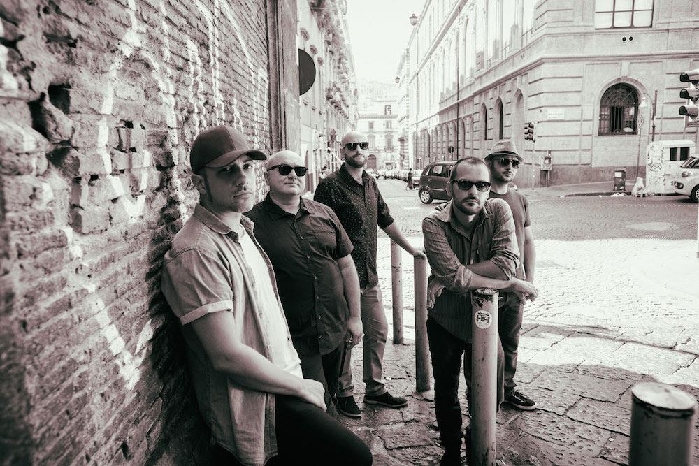 Foja: due nuovi singoli in francese e spagnolo e un lungo tour europeo.
