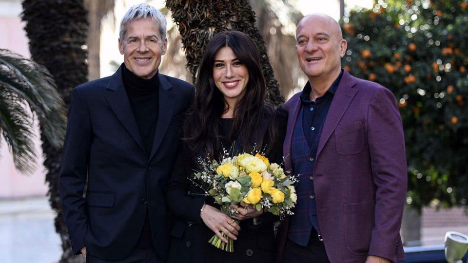 Sanremo 2019, Claudio Bisio e Virginia Raffaele al fianco di Claudio Baglioni
